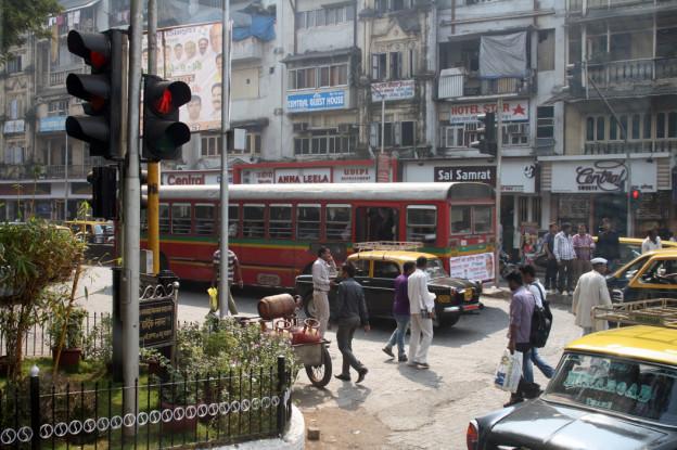 Mumbai, Trolley-tourist
