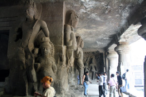 elephanta-steinfiguren, caves, trolley-tourist.de