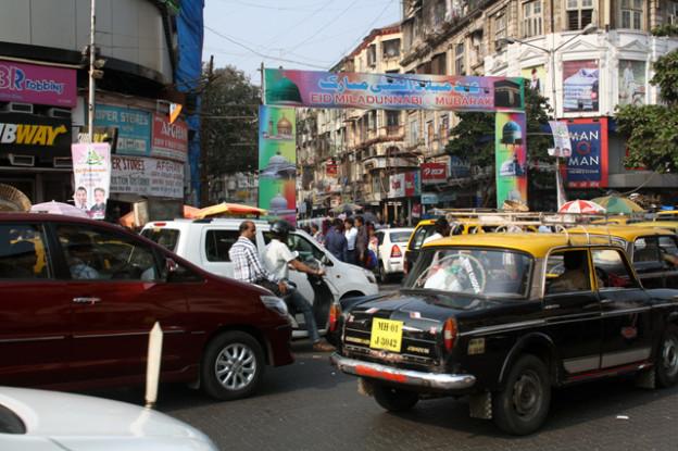 mumbai-strassenverkehr,trolley-tourist.de