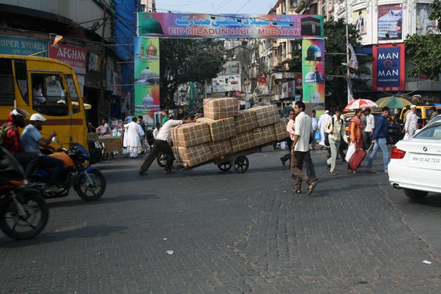 mumbai-crawford-strassenverkehr2, trolley-tourist.de