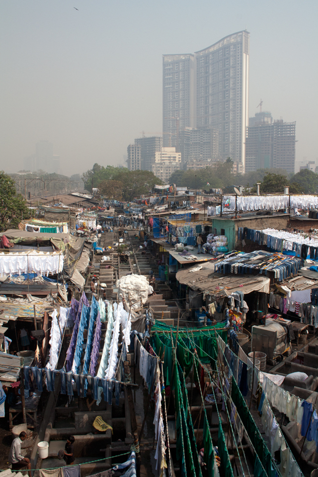 mumbai-dhobi-gaths-trolley-tourist