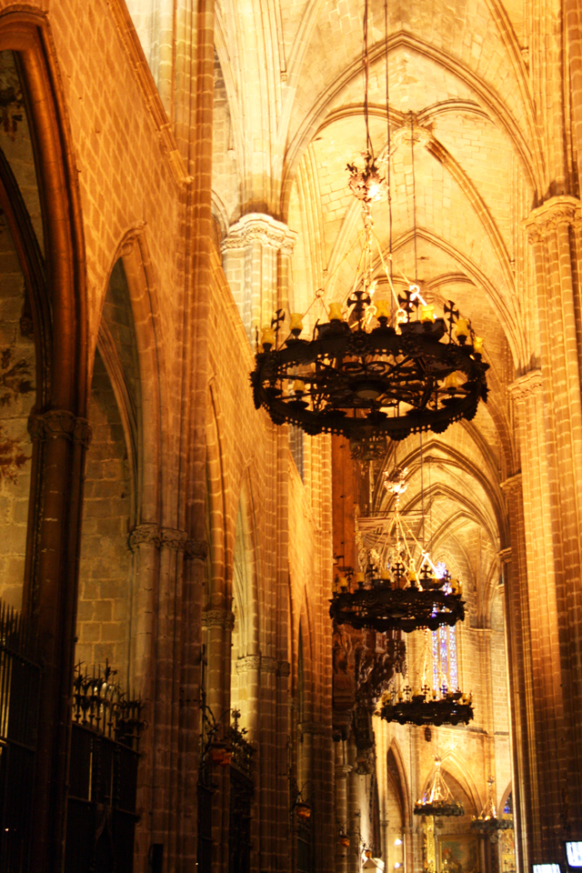 cathedral-barcelona, trolley-tourist.de
