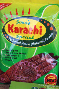 hyderabad-henna-charminar, www.trolley-tourist.de