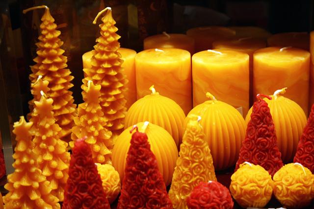 weihnachtsmarkt-bremen-kerzen-trolley-tourist