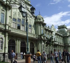 bild2-costa-rica-trolley-tourist