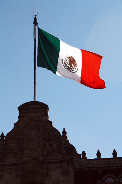 flagge-mexico-trolley-tourist