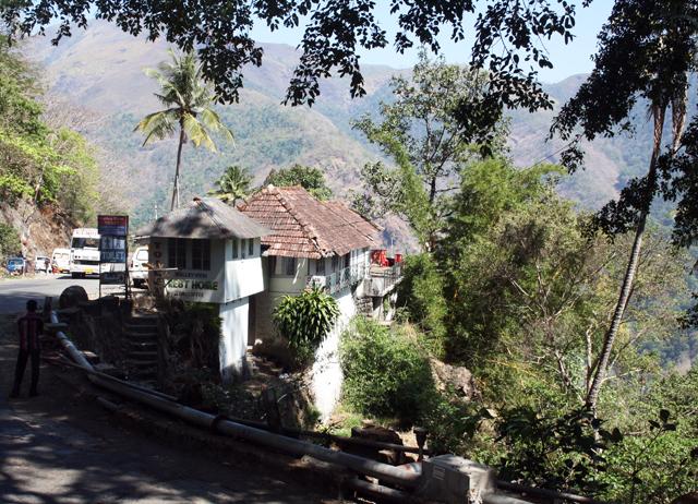 western-ghats-rast-trolley-tourist