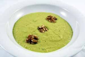 avocado-suppe-trolley-tourist