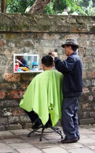 hanoi-litera-friseur-trolley-tourist