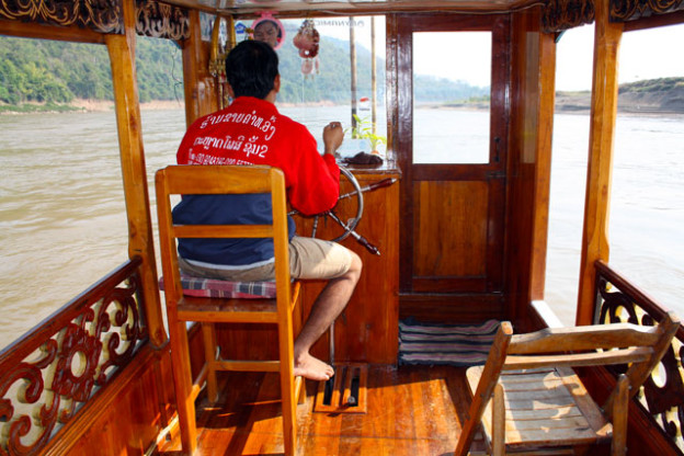 bootsfahrt-auf-dem-mekong-trolley-tourist