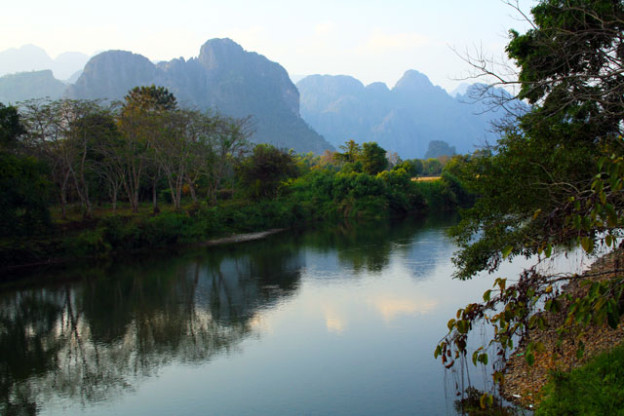 tham-chang-hoehle-bei-vang-vieng