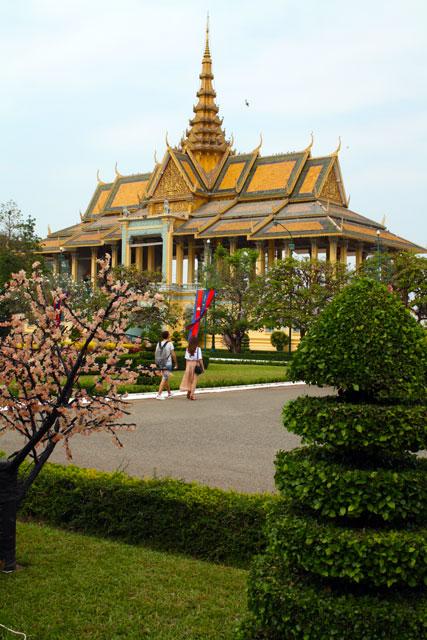 pnom-penh-koenig-garten-trolley-tourist