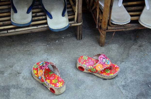 pnom-penh-champa-dance-trolley-tourist