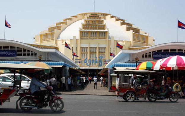 pnom-penh-markthalle-Trolley-Tourist.de