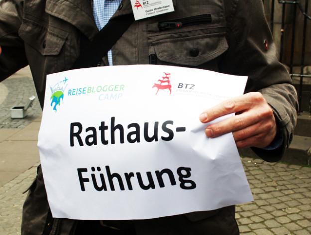 rathaus-in-bremen-entdecken-trolley-tourist