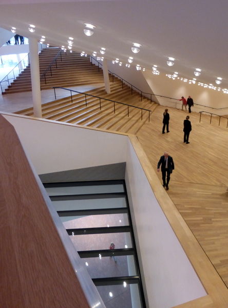 Treppen um den Konzertsaal
