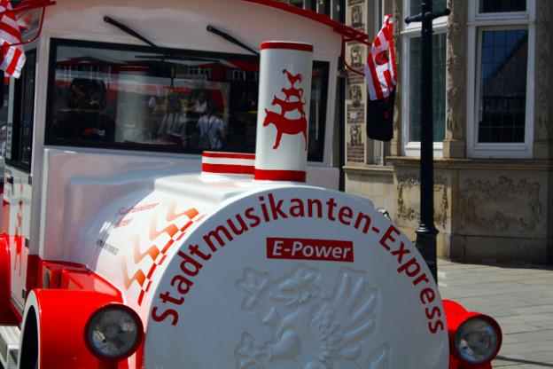 stadtmusikanten-express-bremen-trolley-tourist