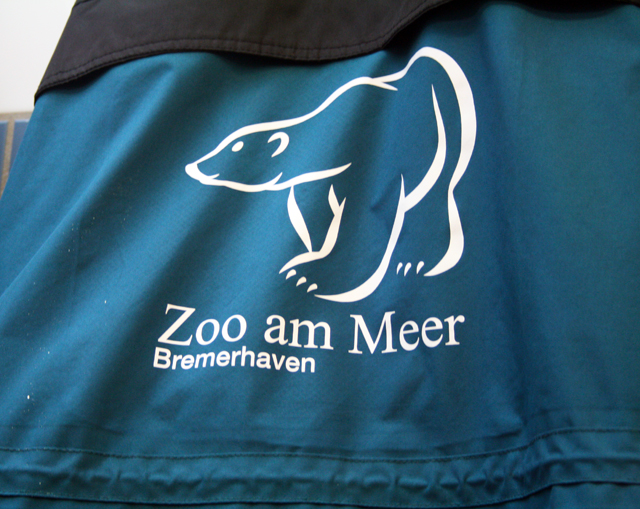 zoo-bremerhaben-jacke-trolley-tourist