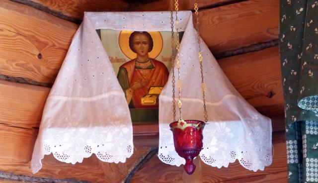 alte-holzhaeuser-in-russland-altar