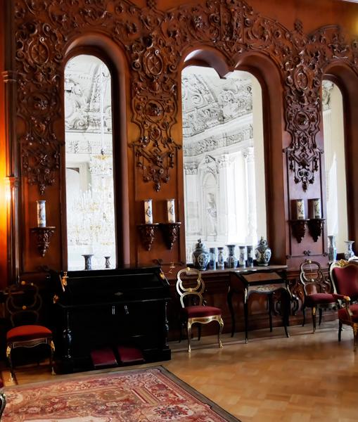 Jusupov-Palast in Sankt Petersburg - Blick ins Treppenhaus