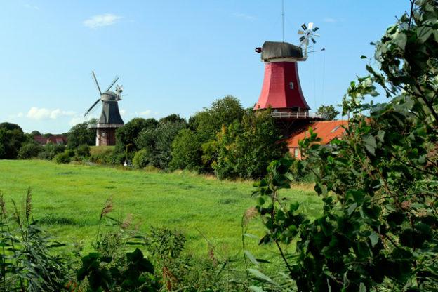 greetsiel-zwillingsmühlen
